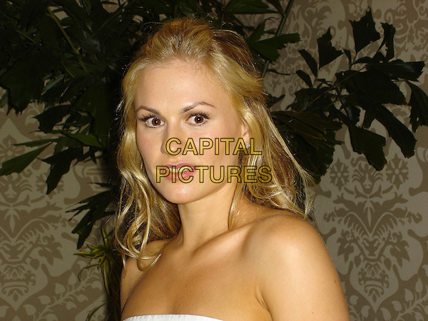 "ANNA PAQUIN.Photocall for  ""Trueblood"", The Wetherly Room, Four Seasons, Los Angeles, California, USA..September 2nd, 2008.headshot portrait strapless          .CAP/AW.©Anita Weber/Capital Pictures."