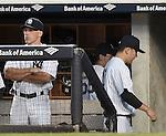 (L-R) Joe Girardi, Masahiro Tanaka (Yankees), JUNE 9, 2015 - MLB : New York Yankees starting pitcher Masahiro Tanaka returns a dugout behind manager Joe Girardi (L) after the sixth inning of a baseball game against the Washington Nationals at Yankee Stadium in New York, United States. (Photo by AFLO)