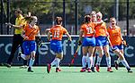 BLOEMENDAAL - Kim van Leeuwen (Bldaal) heeft gescoord en viert het met oa  Sanne Caarls (Bldaal) en Carmel Bosch (Bldaal), Nine Rijna (Bldaal)   tijdens de tweede Play Out wedstrijd hockey dames, Bloemendaal-MOP (5-1)  COPYRIGHT KOEN SUYK