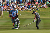 Zach Johnson (USA) chips on to 18 during Round 4 of the Valero Texas Open, AT&amp;T Oaks Course, TPC San Antonio, San Antonio, Texas, USA. 4/22/2018.<br /> Picture: Golffile | Ken Murray<br /> <br /> <br /> All photo usage must carry mandatory copyright credit (&copy; Golffile | Ken Murray)