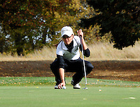 Madison Edgewood's Lexi Greytak sets up to putt on the 9th hole during the WIAA girls state golf tournament on Monday, 10/8/12, at Cherokee Country Club in Madison, Wisconsin