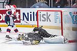Stockholm 2014-09-11 Ishockey Hockeyallsvenskan AIK - S&ouml;dert&auml;lje SK :  <br /> S&ouml;dert&auml;ljes Jonas Engstr&ouml;m g&ouml;r m&aring;l bakom AIK:s m&aring;lvakt Alexander Hamberg p&aring; sin straff i straffl&auml;ggningen efter matchen<br /> (Foto: Kenta J&ouml;nsson) Nyckelord:  AIK Gnaget Hockeyallsvenskan Allsvenskan Hovet Johanneshovs Isstadion S&ouml;dert&auml;lje SK SSK jubel gl&auml;dje lycka glad happy