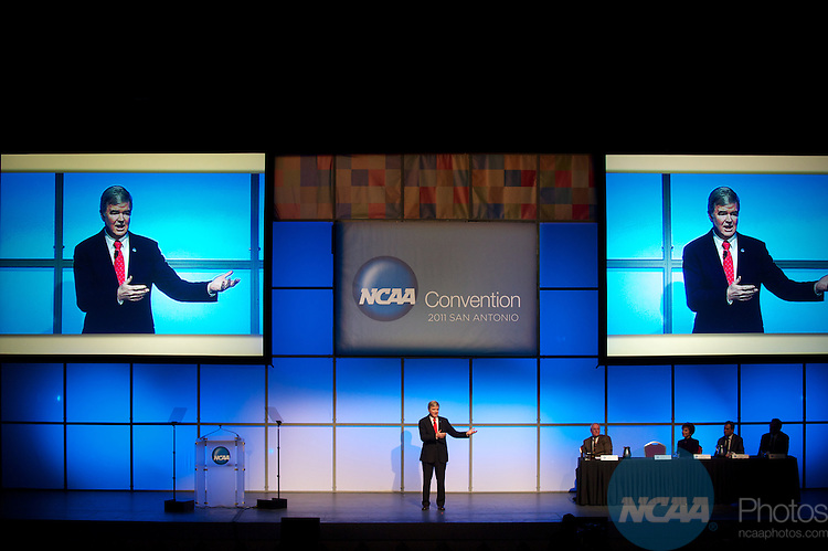 13 JAN 2011: The Opening Business Session held inside the Lila Cockrell Theatre at the Henry B. Gonzalez Convention Center during the annual NCAA Convention held in San Antonio,TX. .Pictured: Mark Emmert .(Joshua Duplechian/NCAA Photos)