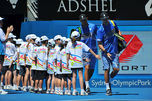 13.01.2012 Sydney, Australia. American doubles pair Mike Bryan and Bob Bryan against British pair Colin Fleming and Ross Hutchins during their semi final at the Apia International Sydney Tennis Tournament , Australian Open Series, at the Sydney Olympic Park Tennis Centre, Homebush.