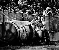 Oakland Athletics ball girl Debbie Sivyer (AK Mrs.Fields cookie fame)...(1971 photo/Ron Riesterer)