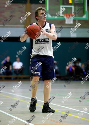 2010-02-27 / Basketbal / seizoen 2009-2010 / Mol - Herentals / Joris Swinnen..Foto: mpics