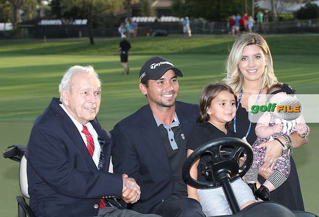 Arnold Palmer with Jason Day, son Dash, Wife, Ellie Day with baby Lucy (AUS)  during The Final Round of the Arnold Palmer Invitational, Bay Hill Club and Lodge, Orlando,  Florida, USA. 20/03/2016.<br /> Picture: Golffile | Mark Davison<br /> <br /> <br /> All photo usage must carry mandatory copyright credit (&copy; Golffile | Mark Davison)