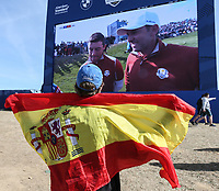 Spanish fan following Sergio Garcia (Team Europe) during Saturday's Fourballs, at the Ryder Cup, Le Golf National, Île-de-France, France. 29/09/2018.<br /> Picture David Lloyd / Golffile.ie<br /> <br /> All photo usage must carry mandatory copyright credit (© Golffile | David Lloyd)