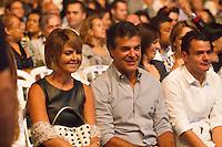 CURITIBA, PR, 30.03.2014 -  SHOW ROBERTO CARLOS /ANIVERSÁRIO DE CURITIBA - O governador do Paraná, Beto Richa (PSDB) e A primeira dama do Estado do Paraná, Fernanda Bernardi Vieira Richa durante o show do Roberto Carlos que marca a reabertura da Pedreira Paulo Leminski e o aniversário de 321 anos de Curitiba, na noite de sábado (29). (Foto: Paulo Lisboa / Brazil Photo Press)