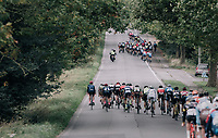 strong winds tears the peloton into echelons<br /> <br /> 77th Euro Metropole Tour 2017<br /> La Louvi&egrave;re &gt; Tournai (BEL): 188.6 km