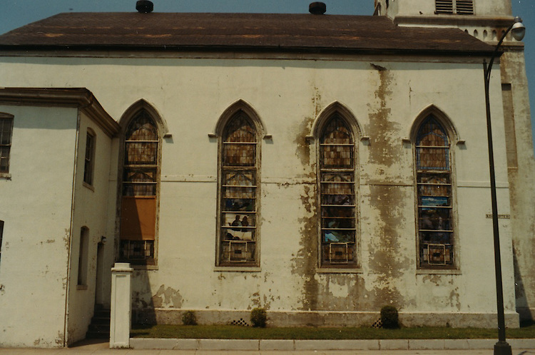1966 June..Conservation.Downtown North (R-8)..Bank Street Baptist Church.501 Bank Street.Views of Stained Glass Windows..9. South Face (Left Side of Nave)..Windows E (left) through H (right)...NEG#.NRHA#..