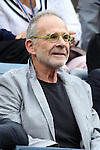 11.09.2011, Flushing Meadows, New York, USA, WTA Tour, US Open, Finale im einzel der Damen, im Bild .ACTOR RON RIFKIN // during WTA Tour US Open tennis tournament at Flushing Meadows, women singles final, New York, USA on 11/09/2011. EXPA Pictures © 2011, PhotoCredit: EXPA/ Newspix/ Marek Janikowski +++++ ATTENTION - FOR AUSTRIA/(AUT), SLOVENIA/(SLO), SERBIA/(SRB), CROATIA/(CRO), SWISS/(SUI) and SWEDEN/(SWE) CLIENT ONLY +++++