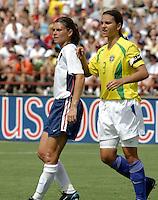 Mia Hamm, USWNT vs Brazil.