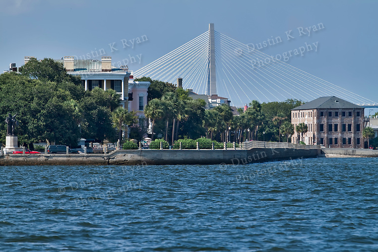 Historic charleston battery row in downtown charleston for How do i get to charleston south carolina