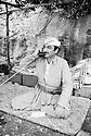 Irak 1974.François Hariri, maire de Galala, dans son QG  sur le front.Iraq 1974.François Hariri, Galala's mayor,  in his headquarter on the frontline.