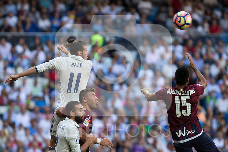 Real Madrid's Garet Bale and Eibar's Mauro dos Santos durign the match of La Liga between Real Madrid and SD Eibar at Santiago Bernabeu Stadium in Madrid. October 02, 2016. (ALTERPHOTOS/Rodrigo Jimenez)
