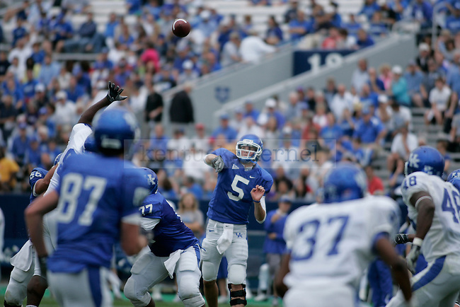 Senior quarterback Mike Hartline throws a pass during the Blue White game at Commonwealth Stadium Saturday April 24, 2010. Photo by Scott Hannigan | Staff