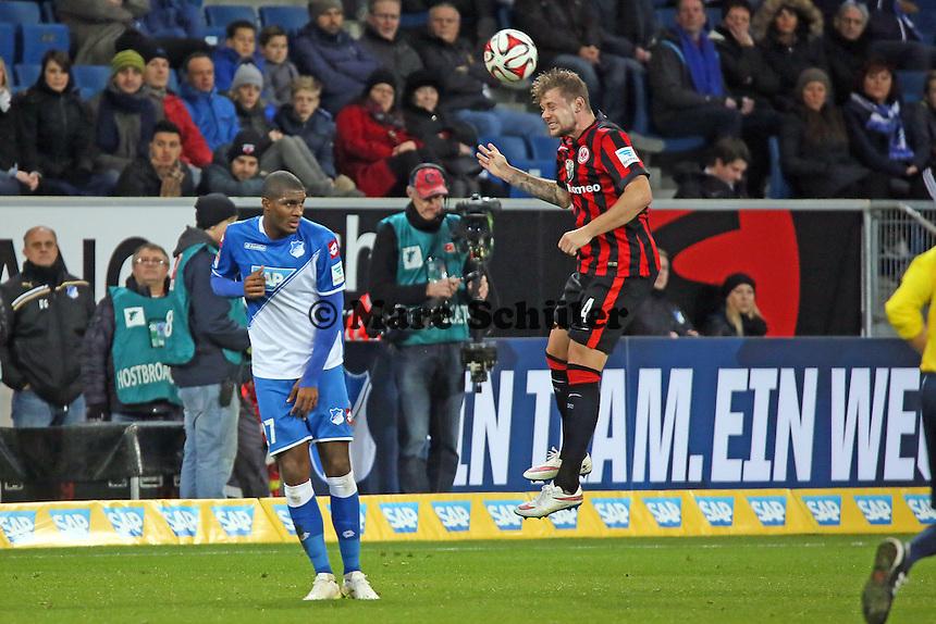 Marco Russ (Eintracht) gegen ANthony Modeste (Hoffenheim) - TSG 1899 Hoffenheim vs. Eintracht Frankfurt, WIRSOL Neckar Arena Sinsheim