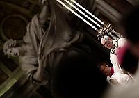 Papa Francesco celebra la Messa del Crisma in occasione del Giovedi' Santo, nella Basilica di San Pietro, Citta' del Vaticano, 29 marzo 2018.<br /> Pope Francis leads the Chrism Mass for Holy Thursday in Saint Peter's Basilica at the Vatican, on March 29, 2018.<br /> UPDATE IMAGES PRESS/Isabella Bonotto<br /> <br /> STRICTLY ONLY FOR EDITORIAL USE