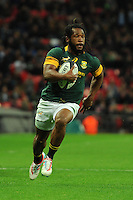 Sergeal Petersen of South Africa runs in a try during the Killik Cup match between Barbarians and South Africa at Wembley Stadium on Saturday 5th November 2016 (Photo by Rob Munro)
