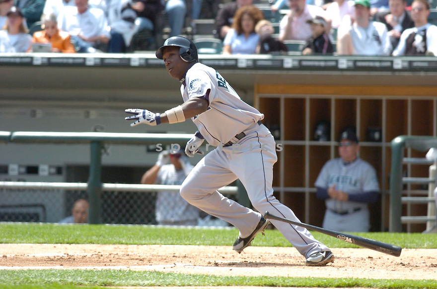 Yuniesky Betancourt, of the Seattle Mariners, during their game against the Chicago White Sox in Chicago on May 5, 2006..White Sox win 4-1..Chris Bernacchi / SportPics