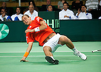 07-05-10, Tennis, Zoetermeer, Daviscup Nederland-Italie, Thiemo se Bakker  valt