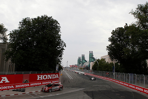8-10 July, 2011, Toronto, Ontario, Canada<br /> The Honda Civic SI Safety car paces the field<br /> (c)2011, Michael L. Levitt<br /> LAT Photo USA