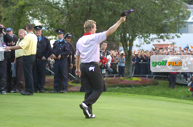 24th September, 2006. European Ryder Cup Team player Luke Donald acknowledges the crowd from the edge of the 16th green during the singles final session of the last day of the 2006 Ryder Cup at the K Club in Straffan, County Kildare in the Republic of Ireland..Photo: Barry Cronin/ Newsfile.
