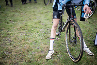 post-race legs<br /> <br /> U23 Men's Race<br /> UCI cyclocross WorldCup - Koksijde (Belgium)<br /> <br /> ©kramon