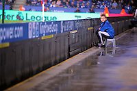 Pictured: A ballboy in the rain Saturday 27 August 2016<br />