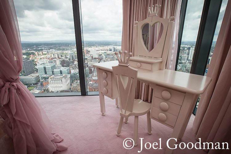 © Joel Goodman - 07973 332324 . 24 June 2013 . Orchid Suite , Beetham Tower , Manchester , UK . Girl's bedroom . Former triplex apartment home of Phil and Julie Neville , which is up for rent and thought to be the most expensive in Manchester . Photo credit : Joel Goodman