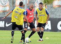 SÃO PAULO,SP, 17.01.2013 TREINO/CORINTHIANS/SP - Emerson  durante  treino do Corinthians no CT Joaquim Grava na zona leste de Sao Paulo. (Foto: Alan Morici /Brazil Photo Press).