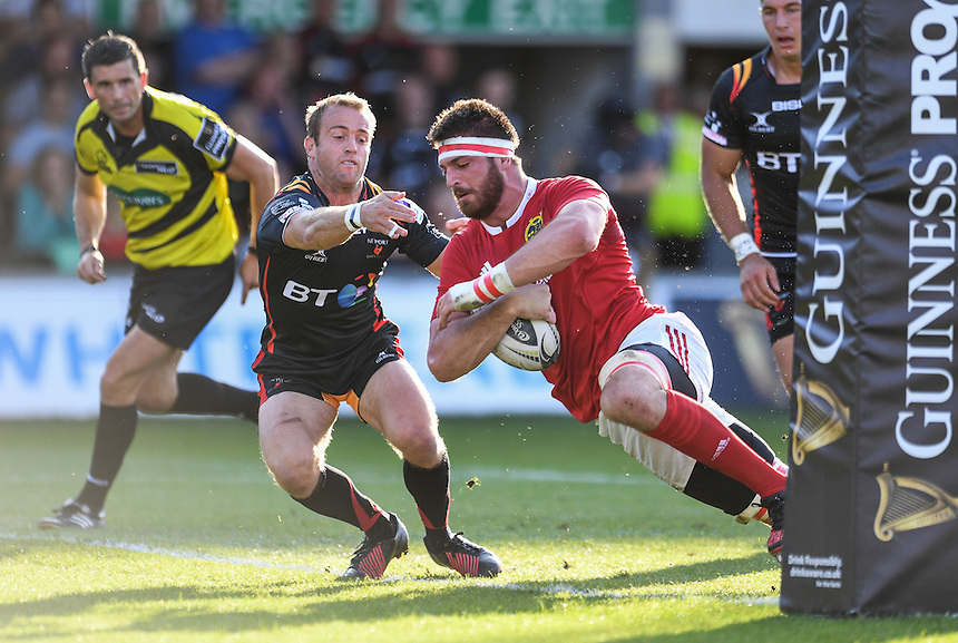 TRY - Jean Kleyn of Munster scores his sides first try<br /> <br /> Photographer Craig Thomas/CameraSport<br /> <br /> Guinness PRO12 Round 3 - Newport Gwent Dragons v Munster Rugby - Saturday 17 September 2016 - Rodney Parade - Newport<br /> <br /> World Copyright &copy; 2016 CameraSport. All rights reserved. 43 Linden Ave. Countesthorpe. Leicester. England. LE8 5PG - Tel: +44 (0) 116 277 4147 - admin@camerasport.com - www.camerasport.com