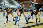 Almere - Zaalhockey  Amsterdam-HGC (v) . Joy Haarman (A'dam), Elsemiek Groen  met Bernice van Aken (HGC)    .  TopsportCentrum Almere.    COPYRIGHT KOEN SUYK