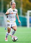 Solna 2015-10-11 Fotboll Damallsvenskan AIK - FC Roseng&aring;rd :  <br /> Roseng&aring;rds Josee Belanger i aktion under matchen mellan AIK och FC Roseng&aring;rd <br /> (Foto: Kenta J&ouml;nsson) Nyckelord:  Damallsvenskan Allsvenskan Dam Damer Damfotboll Skytteholm Skytteholms IP AIK Gnaget  FC Roseng&aring;rd portr&auml;tt portrait