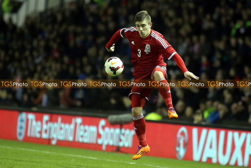 Declan John of Wales in action - England Under-21 vs Wales Under-21 - UEFA European Championship U21 Football at the Ipro Stadium, Pride Park, Derby County FC - 05/03/14 - MANDATORY CREDIT: Paul Dennis/TGSPHOTO - Self billing applies where appropriate - 0845 094 6026 - contact@tgsphoto.co.uk - NO UNPAID USE
