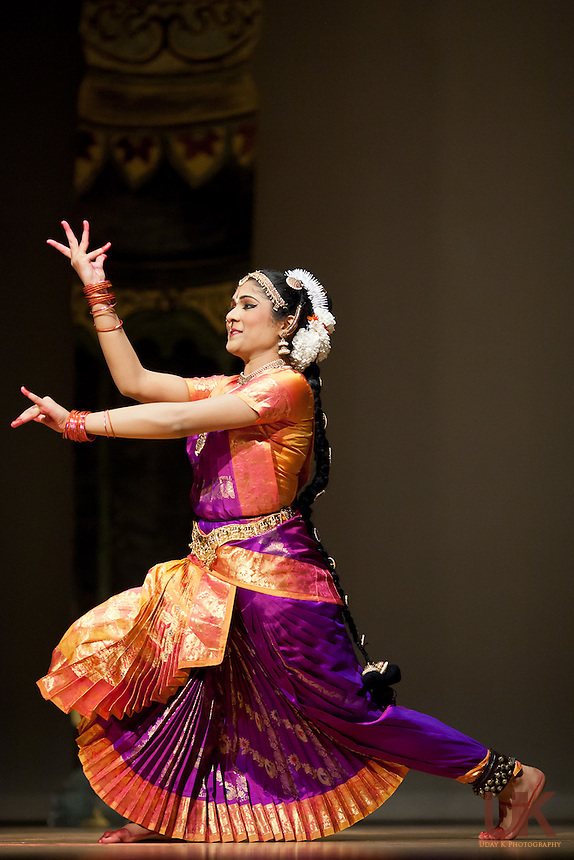 Bharatanatyam Arangetram of Aishwarya Ravindran at the Granville Arts Center, Garland, Texas