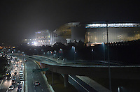 SAO PAULO, SP, 05.06.2014 - GREVE METRO SAO PAULO - Movimentacao na regiao do Metro Corinthians Itaquera no inicio da manha desta quinta-feira, 06. (Foto: Eric Ribeiro / Brazil Photo Press).
