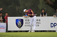 Julian Suri (USA) on the 18th tee during Round 3 of the UBS Hong Kong Open, at Hong Kong golf club, Fanling, Hong Kong. 25/11/2017<br /> Picture: Golffile | Thos Caffrey<br /> <br /> <br /> All photo usage must carry mandatory copyright credit     (© Golffile | Thos Caffrey)