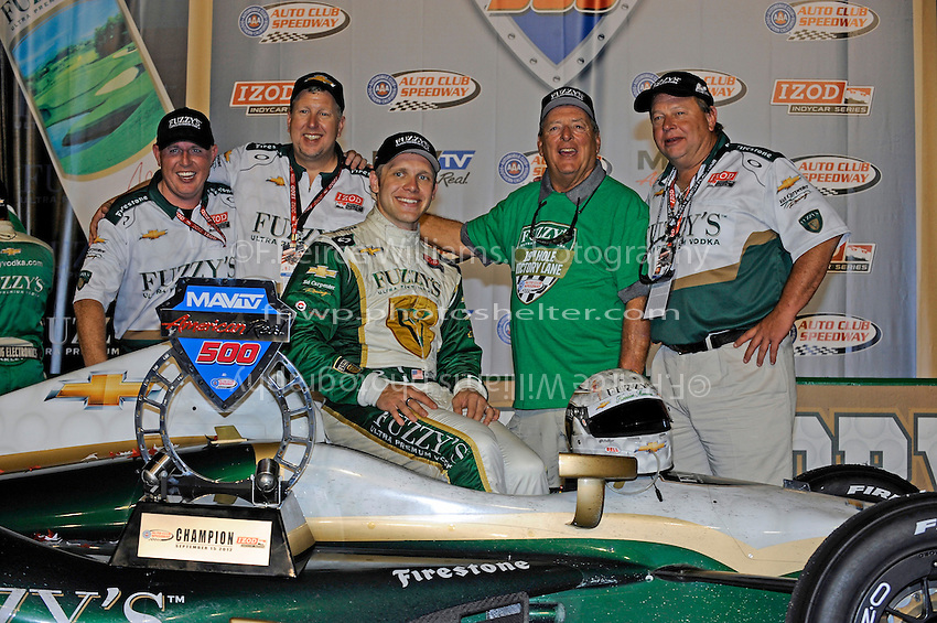 Winner Ed Carpenter in Victory Lane.