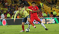BOGOTÁ- COLOMBIA,03-06-2019:James Rodrígez(Izq.) jugador de Colombia disputa el balón con Carrasquilla (Der.) jugador de Panamá durante   partido amistoso de preparación para la Copa América de Brasil 2019 jugado en el estadio Nemesio Camacho El Campín de la ciudad de Bogotá. / James  Rodriguez(L) player of Colombia disputes the ball with Carrasquilla (R) Player of Panama during friendly match in preparation for the Copa América of Brazil 2019 played in the Nemesio Camacho El Campín stadium in the city of Bogotá.. Photo: VizzorImage / Felipe Caicedo / Staff