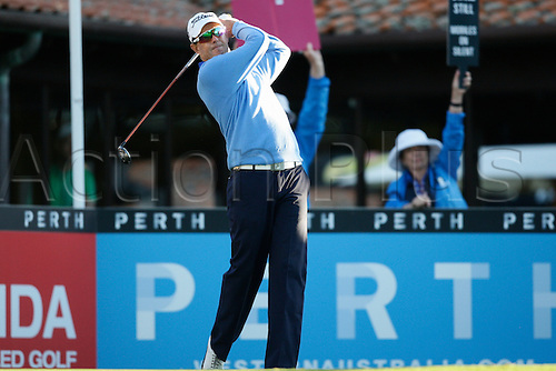 25.02.2016. Perth, Australia. ISPS HANDA Perth International Golf. Stephen Leaney (AUS) hits his first shot for the tournament on tee 1 day 1.
