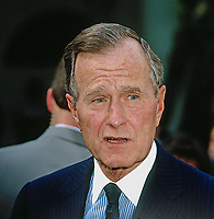 ***FILE PHOTO*** George H.W. Bush Has Passed Away<br /> Washington, DC, USA,  1991<br /> President George H.W. Bush in the Rose Garden of the White House <br /> CAP/MPI/MRN<br /> &copy;MRN/MPI/Capital Pictures