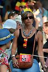 ©www.agencepeps.be/ F.Andrieu- A.Rolland / Imagebuzz.be  - Belgique -Bruxelles - 130721 - Démonstration de la foule populaire pour l'attachement au pays