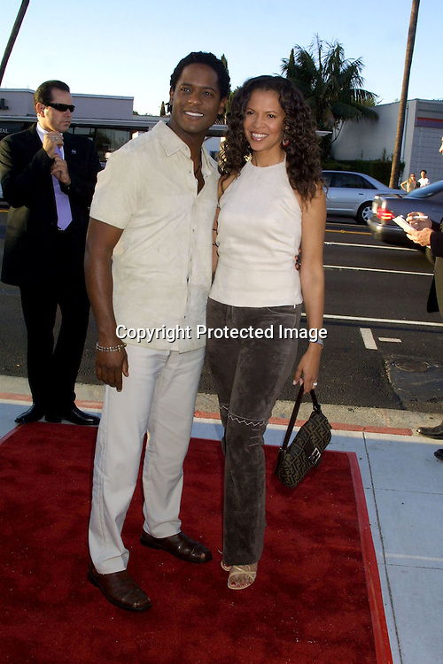 "©2002 KATHY HUTCHINS / HUTCHINS PHOTO.7/23/02.""FULL FRONTAL"" PREMIERE.BEVERLY HILLS, CA.BLAIR UNDERWOOD AND WIFE DESEREE"