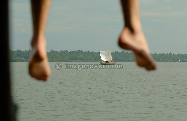 India, Kerala, backwaters. Tourists enjoying a boattrip in the backwaters between Kollam to Allepey. No releases available.