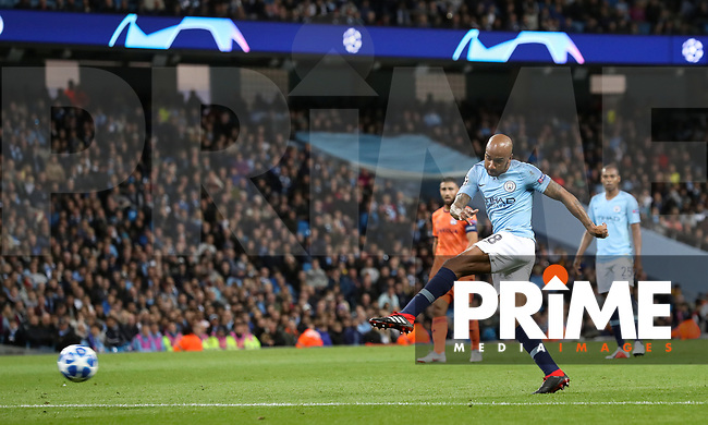 Fabien DELPH of Manchester City hits a shot at goal during the UEFA Champions League match between Manchester City and Olympique Lyonnais at the Etihad Stadium, Manchester, England on 19 September 2018. Photo by David Horn / PRiME Media Images.