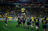 Michael Fatialofa takes lineout ball during the Super Rugby quarterfinal match between the Hurricanes and Chiefs at Westpac Stadium in Wellington, New Zealand on Friday, 20 July 2018. Photo: Dave Lintott / lintottphoto.co.nz