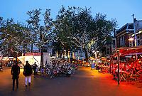 Nederland Zaandam 2015 09 11.  De dam in Zaandam. Plein met veel horeca in het centrum