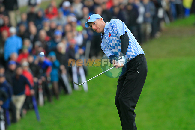 Jim Furyk chips onto the 17th green in the Session 3 Foursomes and Fourball Matches during Day 3 of the The 2010 Ryder Cup at the Celtic Manor, Newport, Wales, 3rd October 2010..(Picture Eoin Clarke/www.golffile.ie)